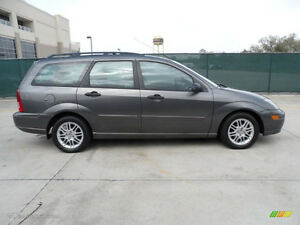 ► I WANT TO BUY ::::::  2002-2004 Ford FOCUS WAGON  w/ Zetec