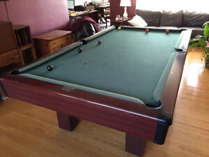 Pool Table including light and accessories
