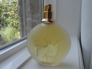 Vintage NINA by Nina Ricci Eau de Toilette 100 ml Lalique Bottle