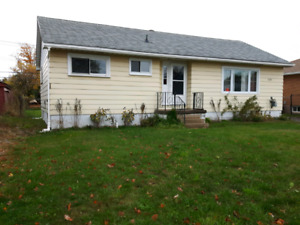 Home For Sale   189,900, 705-987-2919