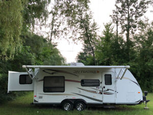 2011 Jayco X213 RV Trailer