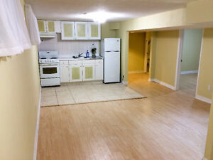 Beautiful 2 Bedrooms Basement Apartment in Richmond Hill