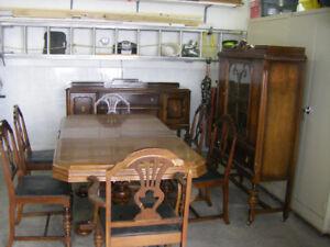 Mobilier de salle à manger antique 1931