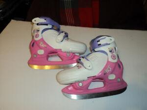 Little Girls adjustable size skates