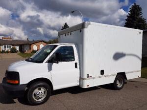 2011 Chevrolet Express 3500 Cube Van - Low Kms - Cargo Van