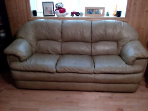 LEATHER. COUCH. AND. LOVE. SEAT