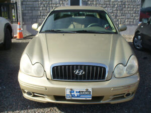 2004 Hyundai Sonata  Berline NEGOCIABLE