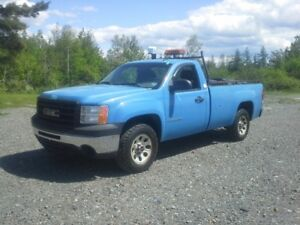 2009 GMC SIERRA 1500 !! ONLY 93.000 KMS !! A/C IS COLD !!