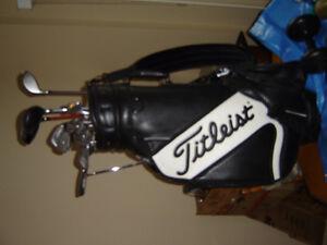 Wilson Golf Clubs And Titliest Gof Bag IncL