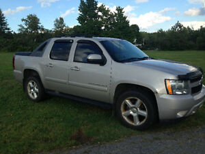 SOLD*******2007 Chevrolet Avalanche Lt Pickup Truck