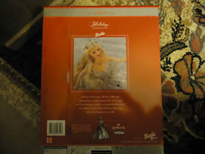 Special Edition Holiday Celebration Barbie COLLECTABLE MINT COND London Ontario image 2