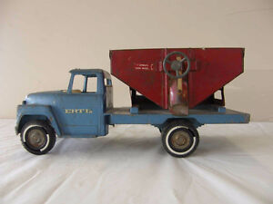 Rob Street Auction Wednesday June 28, preview 5 starts at 6pm