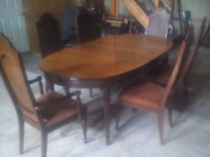 Dining Room Table And Chairs One Leaf