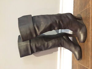 Steve Madden Women's Brown Leather Boots size 7.5