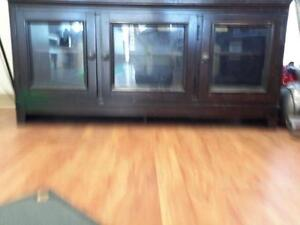 *** USED *** ASHLEY MARTINI SUITE TV STAND   S/N:51130268   #STORE504