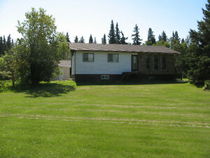 Beautiful acreage on 23 acres at Delaronde Lake Sask
