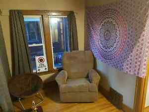 Student Room For Rent Close to University of Windsor Windsor Region Ontario image 5