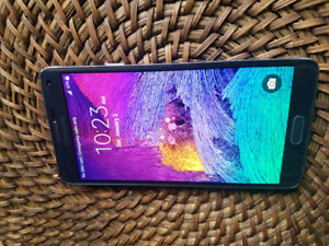 Samsung Galaxy Note 4 32GB Black Unlocked mint condition