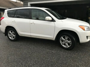 2011 Toyota Rav 4 4WD w/ Touring Package