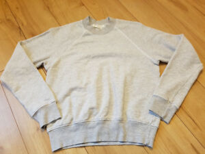 Urban Outfitters Truely Madly Deeply Sweater sz S like new