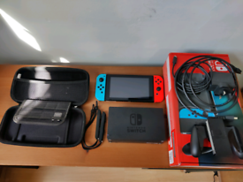 Nintendo Switch - Neon Blue / Red