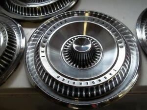 1965 THUNDERBIRD wheel discs