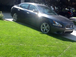 2012 Nissan Maxima Sport Package Sedan