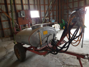 200 Gallon Field and Orchard Sprayer