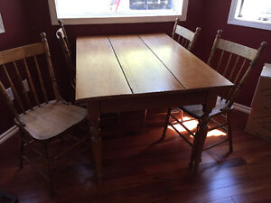 Antique Kitchen Table and 4 Chairs