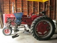 Farmall 200 with 2 row Cultivators and Sidedressers
