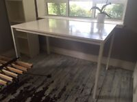 IKEA White table - perfect condition
