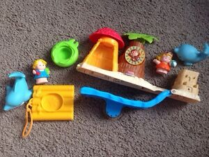 Fisher Price Little People Bath Toys