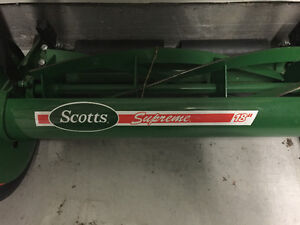 SCOTTS LAWN TRIMMER