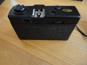 Vintage Promo Experts 35 mm camera with case and original box London Ontario image 8
