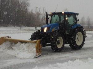 2008 NEW HOLLAND T6020 MFWD c/w Horst 9-15' SnowWing Blade/Mount