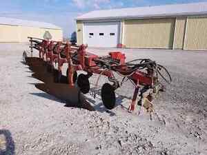 International Vari-width plow
