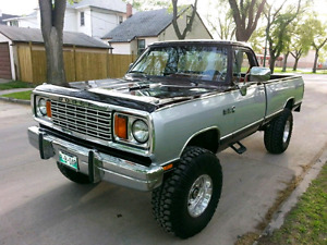 "Custom Dodge Power Wagon 4x4 (one of a kind) 440 , 37"" tires"