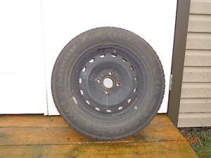 4 roues d'hiver + 4 pneus d'hiver 175 70 14