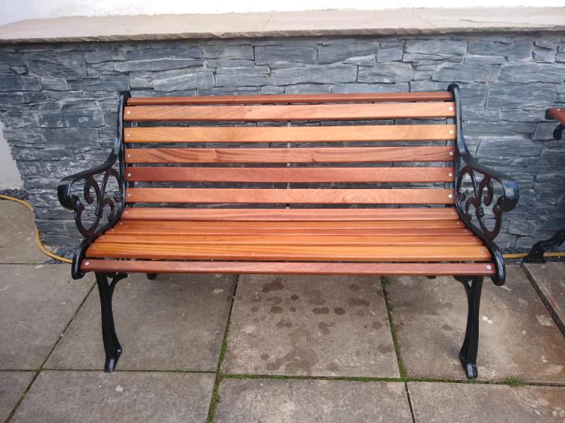 *****SOLD****Garden Bench & Table | in Bearsden, Glasgow | Gumtree