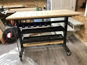 Mobile work table