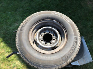 LT245/75R16 MICHELIN SNOW TIRES MOUNTED ON 8 BOLT STEEL RIMS