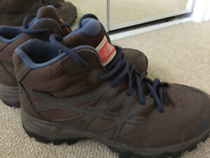 Hiking Boots - Size 5 Youth - North Face