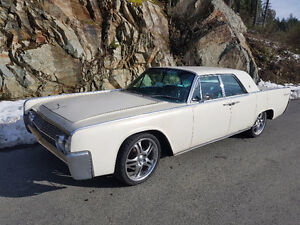 1962 Lincoln Continental and 62' spare car