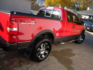 2005 Ford F150 FX4 ExtCab 4 Door Leather, Roof EXC CONDITION!!