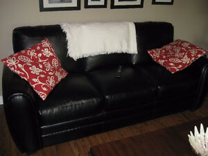 Black bonded Leather sofa /Love seat and Chair