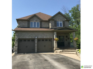 5 Bds/ 4 Bths .. 2 Story Detached 30 minutes North of Toronto