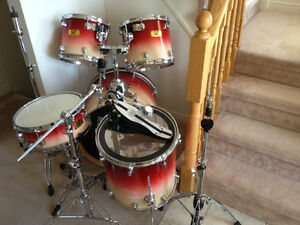 "Mapex Pro Maple Drums 5 Pc 22"" 16"" 14"" 13"" 12"" 5 Pc"