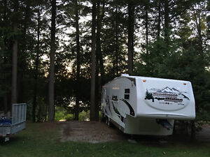 5th Wheel trailer; Summit Ridge by Ameri-Camp Kawartha Lakes Peterborough Area image 8