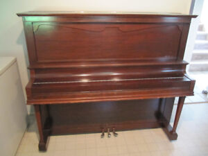 Free Mason & Risch Upright Piano