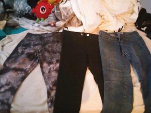 3 paires de pantalons neuf